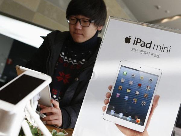 Apple рискует упустить шанс заработать на сезонном подъеме спроса
