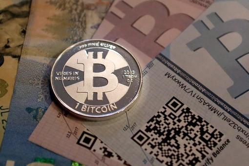 Bitcoin революция: Почему правительству стоит опасаться виртуальных валют?