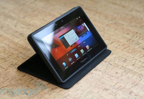 Сообщение о планах выпуска планшетов на платформе BlackBerry 10 в 2013 году не подтвердилось