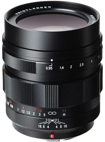 Объектив Voigtländer Nokton 42.5mm F0.95 предназначен для камер системы Micro Four Thirds