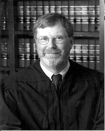 Cуд аннулировал 13 патентных претензий Моторолы к Майкрософт