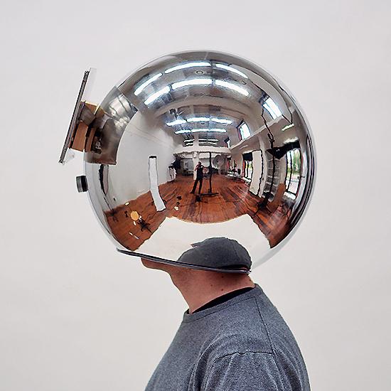Decelerator — шлем, замедляющий восприятие реальности