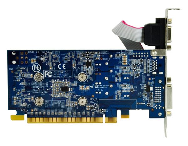 У 3D-карт Galaxy GeForce GTX750 Ti GC 2GB и GeForce GTX750 GC 1GB есть шестиконтактный разъем дополнительного питания