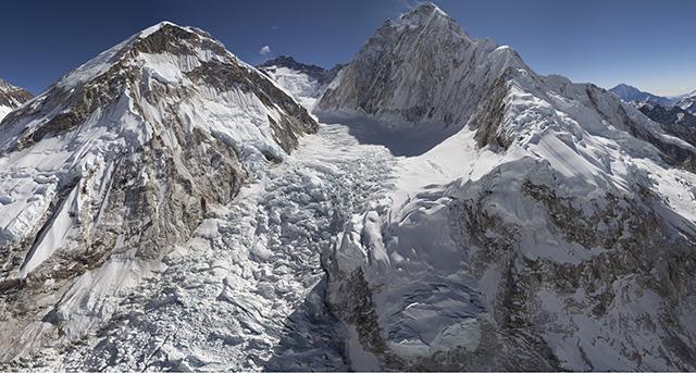 GlacierWorks и Microsoft создали интерактивный сайт об Эвересте