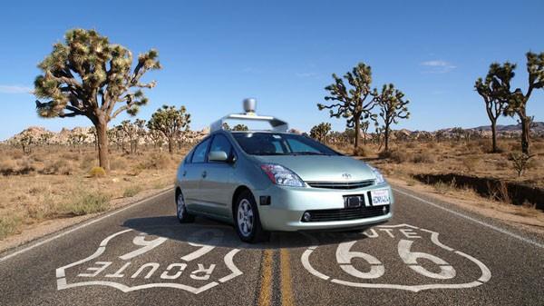 Google рассчитывает пробудить у производителей автомобилей интерес к технологиям беспилотного вождения