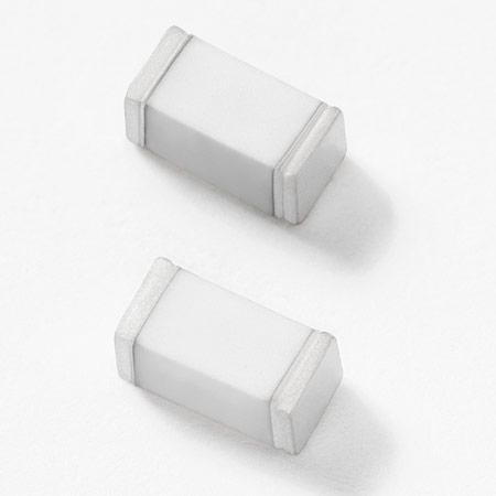 Газоразрядные лампы Littelfuse SE рассчитаны на поверхностный монтаж