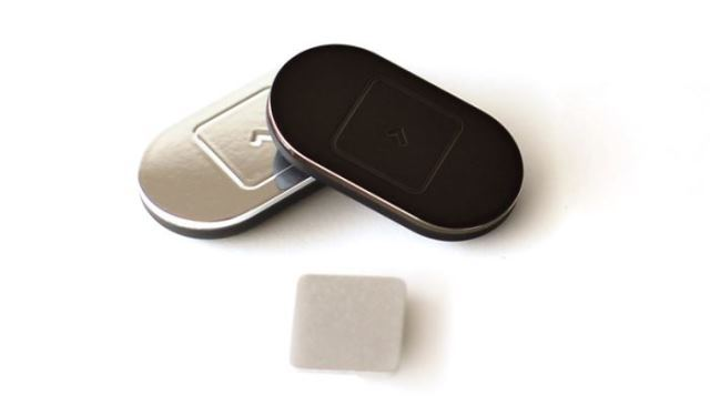 Lumo Lift: миниатюрный фитнес трекер и «контролер» осанки