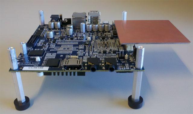 Minnowboard – мини компьютер на Intel Atom