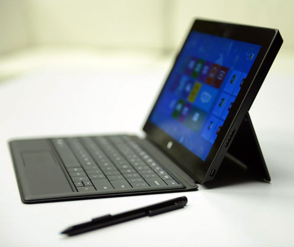 В заявке Nokia описано устройство из двух частей — экрана и клавиатуры