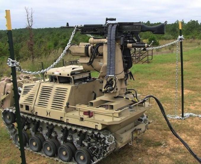 Protector: бронированный робот с тяжелым вооружением