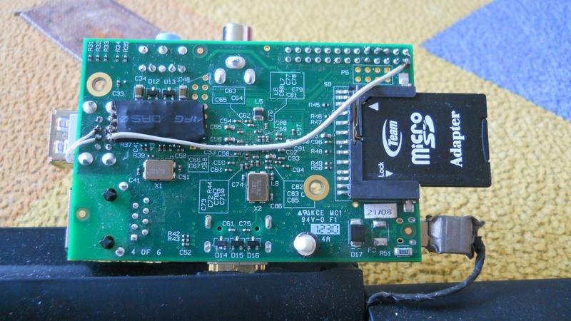 Raspberry Pi + Motorola LapDock + Hacks