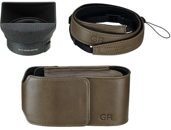 Камера Ricoh GR Limited Edition комплектуется фирменными аксессуарами