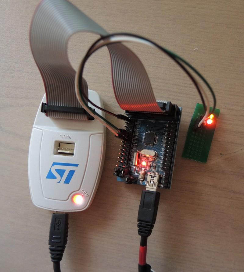 STM32 + EmBlocks — мигаем светодиодами