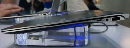 Samsung показала прототип ультрабука Series 9 с матовым экраном разрешением 2560 x 1440 пикселей