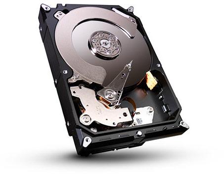 В накопителе Seagate Desktop HDD объемом 4 ТБ используется четыре пластины