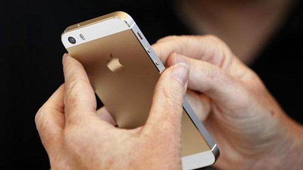 Вероятно, Apple рассматривает возможность перевода на сенсоры Sony вспомогательной камеры