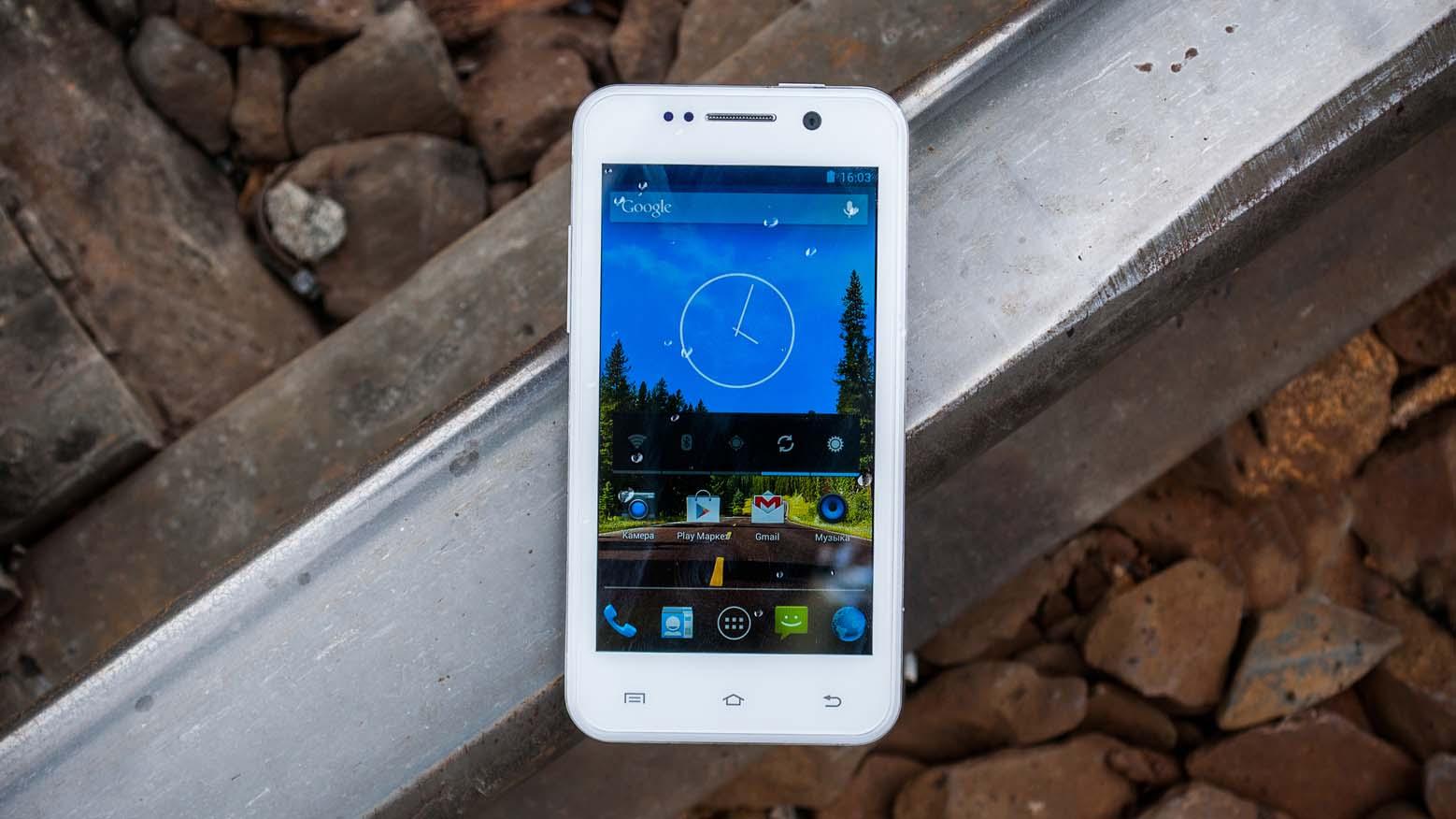 ThL W100 — небольшой, но мощный смартфон