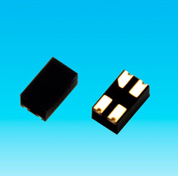 Максимальный ток в открытом состоянии в случае TLP3403 равен 1 А, в случае TLP3412 — 0,4 А