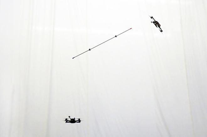Акробатика квадрокоптеров