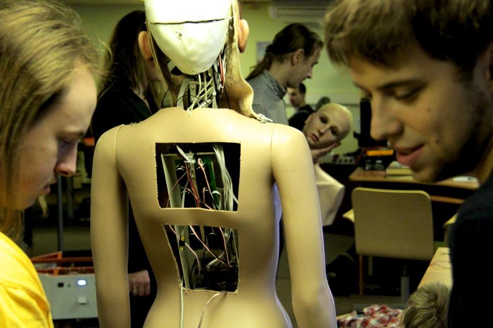 Neurobotics (Нейроботикс)
