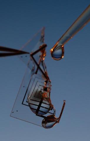 Американские учёные разработали растворимые электронные схемы (видео)