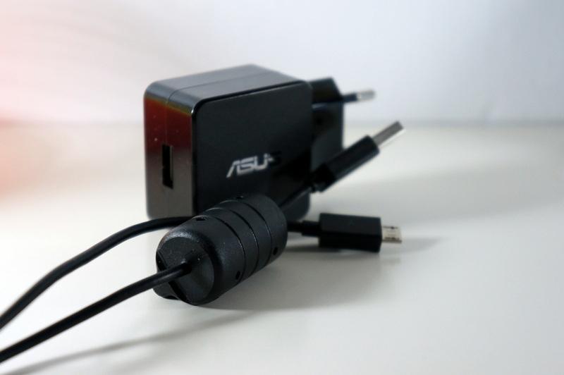 Беспроводная зарядка и док станция для ASUS Nexus 7