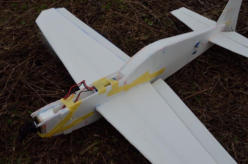 Как сделать радиоуправляемую самолет своими руками 238