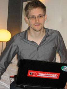 Эдвард Сноуден выписался из гостиницы в Гонконге и скрылся