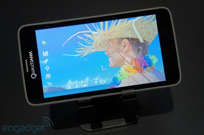 Экономичный смартфон с Retina экраном типа Mirasol