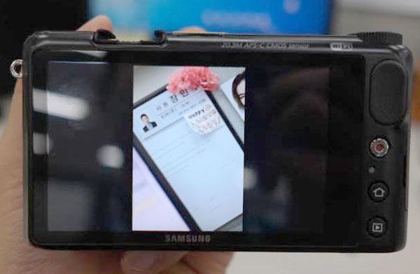 Компания Samsung готовится выпустить беззеркальный аппарат системы NX на платформе Android