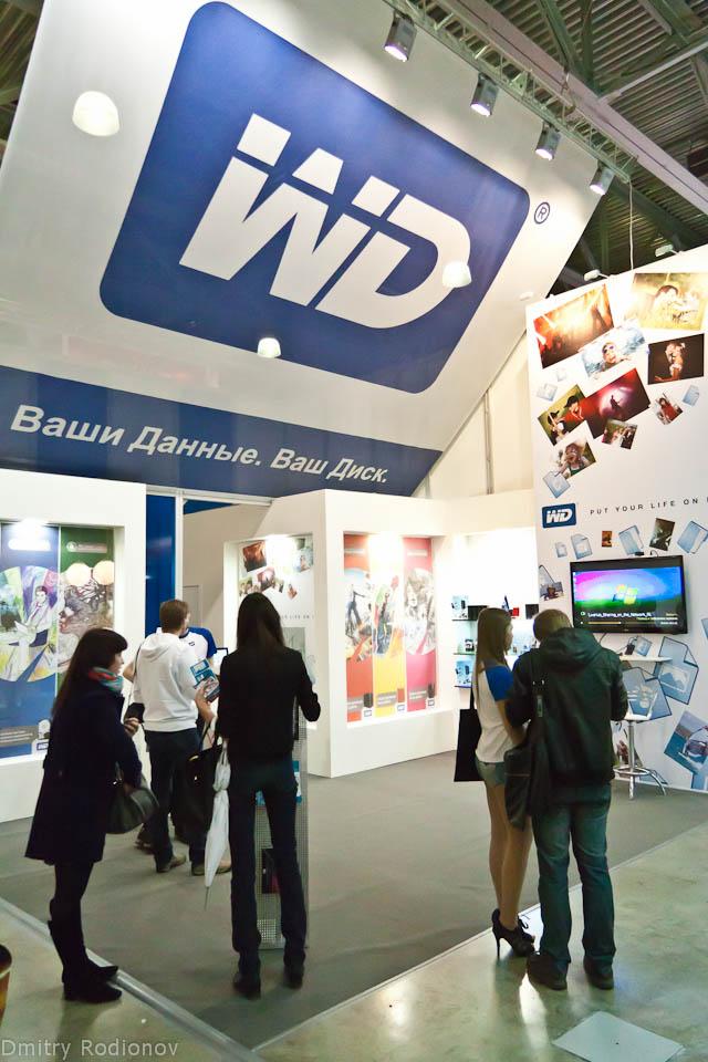 Фоторепортаж с выставки Consumer Electronics & Photo Expo 12