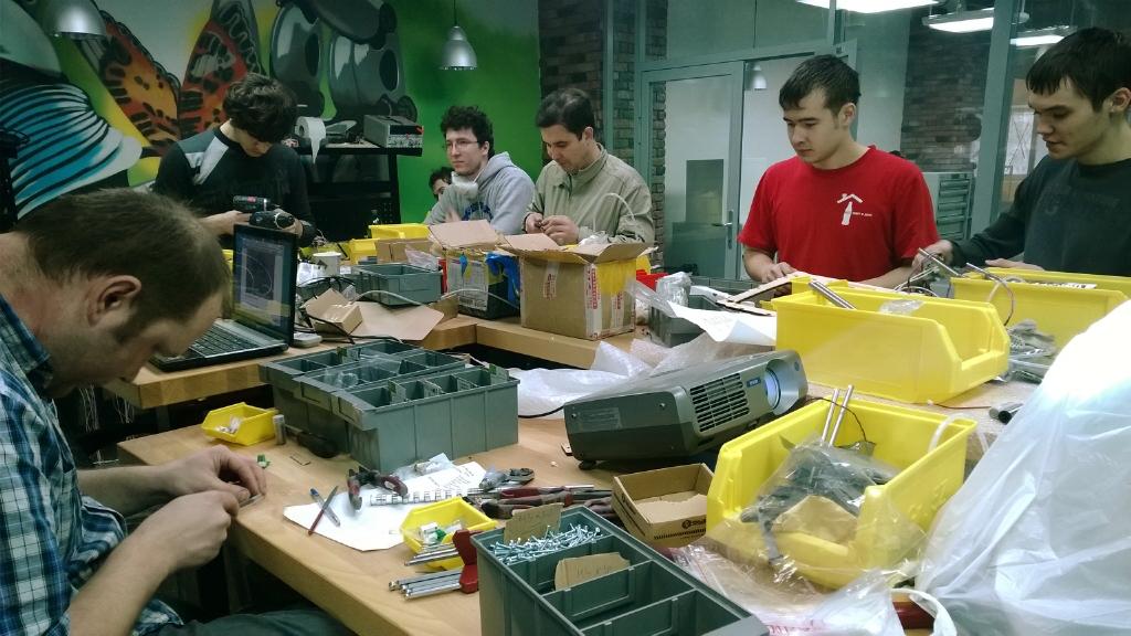 Гришин & Со. дали юным робототехникам денег на Дворец пионеров
