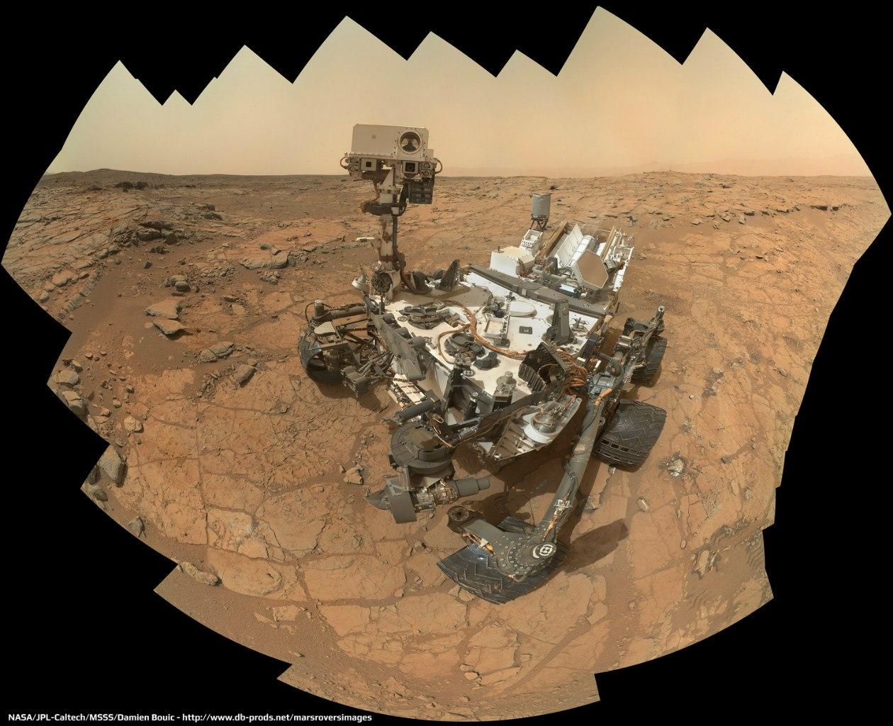 Хипстер с дрелью на Марсе