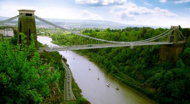 История о двух мостах