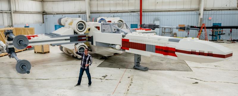 Из 5 335 200 деталей LEGO построен звёздный истребитель X Wing в натуральную величину