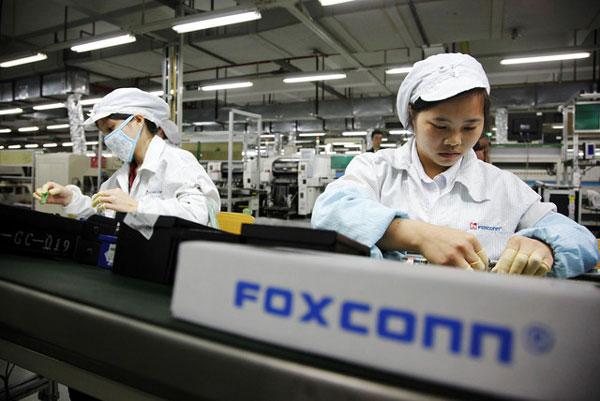 Всего в Китае на предприятиях Foxconn трудится более миллиона человек