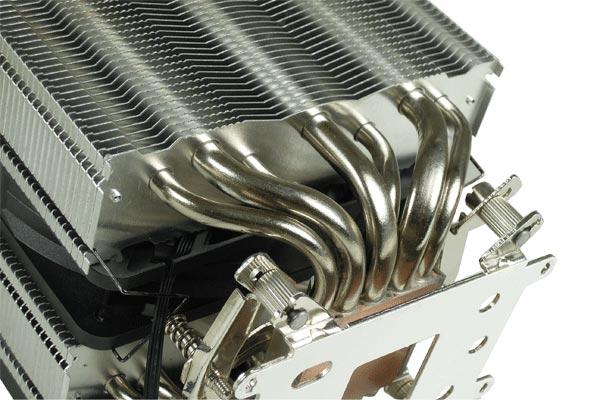 Конструкция процессорного охладителя Gelid Black Edition включает семь тепловых трубок