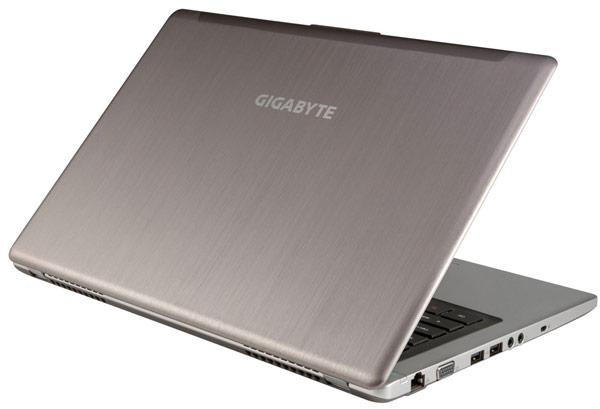Мобильный компьютер Gigabyte U2442 Extreme Ultrabook весит 1,59 кг