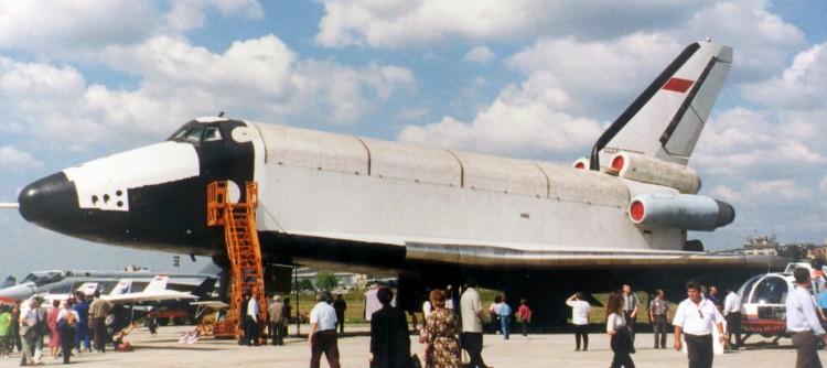 Ту-154 переделанный в аэродинамический макет Бурана