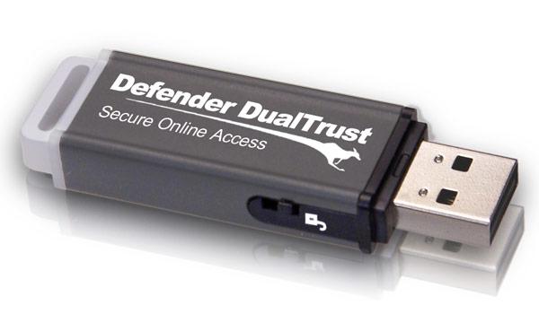 Флэш-накопитель Kanguru Defender DualTrust защищен шифрованием и содержит безопасный интернет-браузер