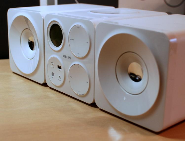 Музыка в кубе. Обзор микросистемы Philips