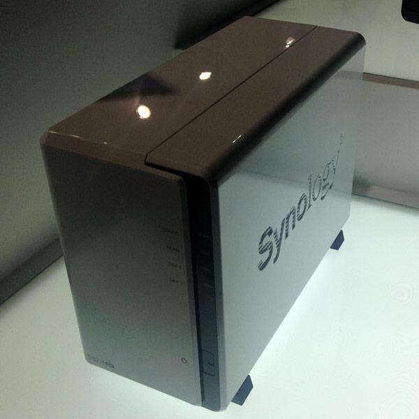 Накопитель Synology DiskStation DS215air является развитием модели Synology DiskStation DS213air