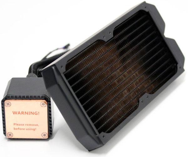 На радиатор СВО Cooler Master Eisberg 240L Prestige можно установить до четырех вентиляторов