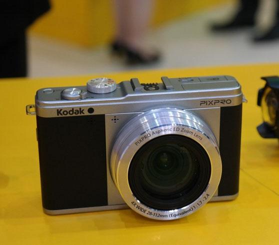 На выставке P&E 2013 замечена беззеркальная камера Kodak Pixpro