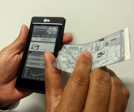 На закрытой презентации на IFA 2012 показаны прототипы смартфонов с экранами E Ink