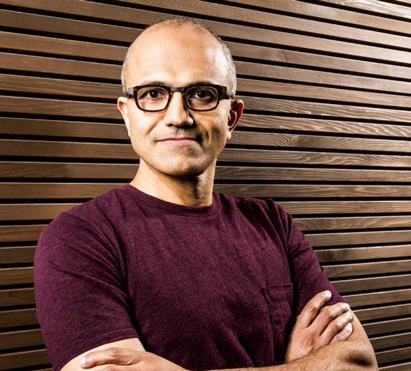 Стив Балмер покинул пост главы Microsoft