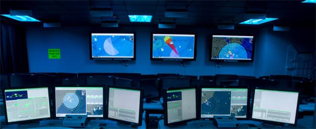 Новый эсминец ВМС США работает под управлением Linux