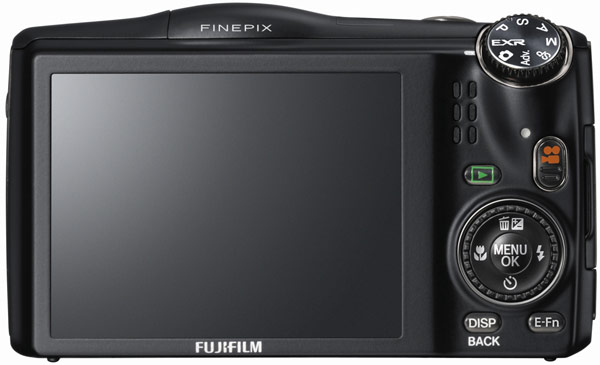 Объектив компактной камеры FinePix F850EXR охватывает диапазон ЭФР 25-500 мм