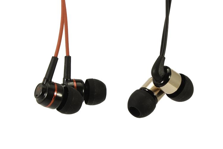 Обзор недорогих внутриканальных наушников SoundMAGIC (модели ES18 и PL11)