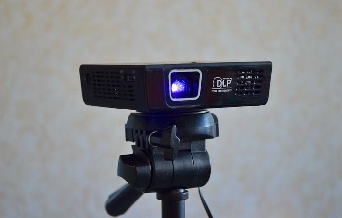Обзор пикопроектора Aiptek PocketCinema V100: 120 дюймов за $415